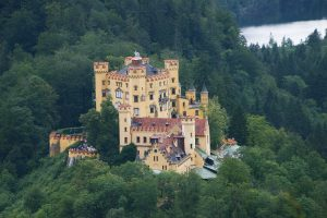 Hohenschwangau - one of the Wittelsbach homes / es-wikipedia.org