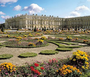 Versailles, a possible cause of the Revolution? / britannica.com